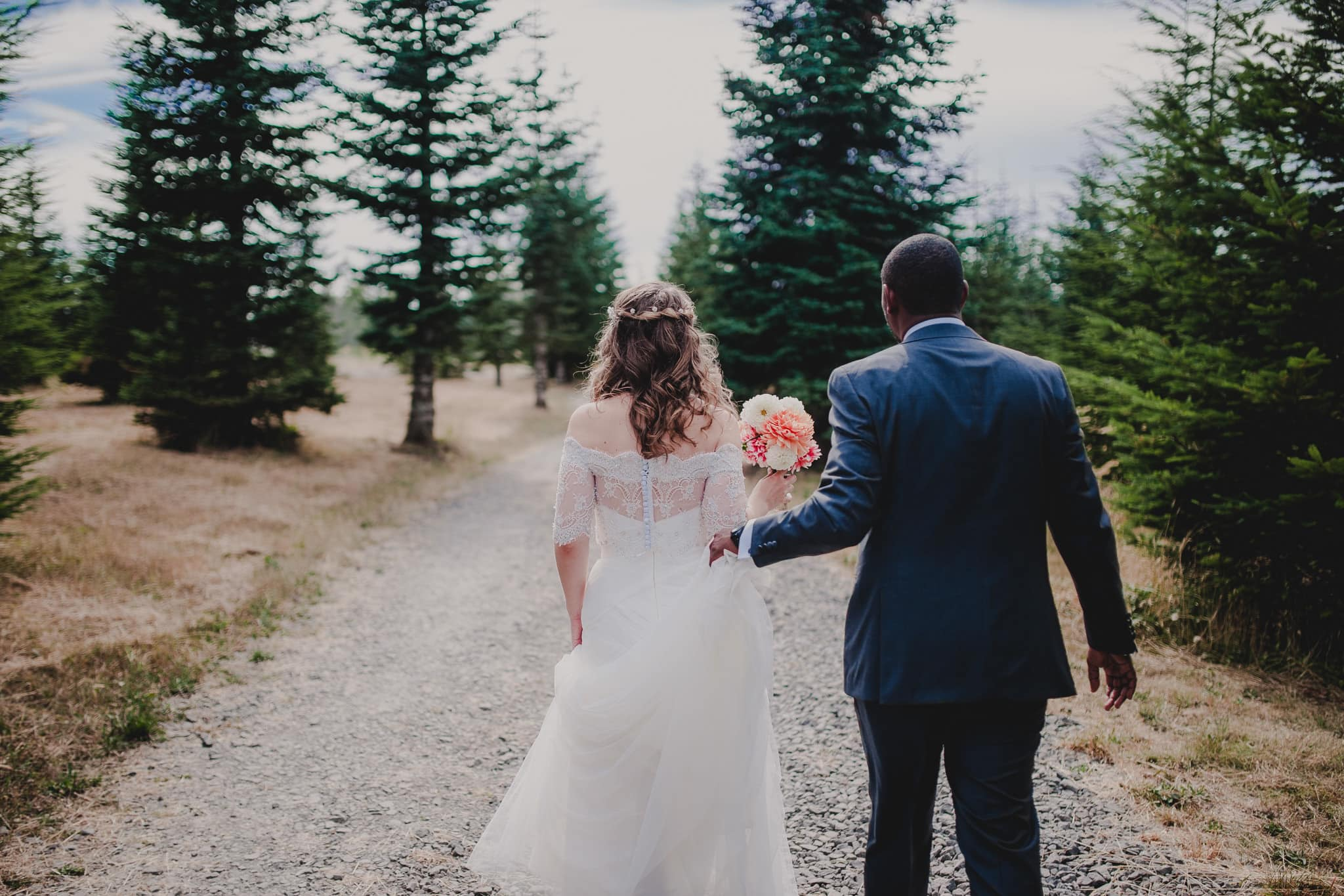 Elegant Rustic Destination Wedding Photography Washougal Washington