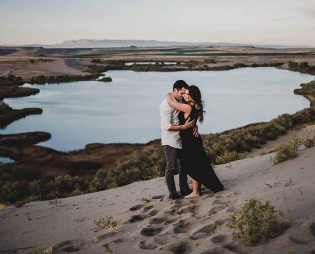 An engagement session photographed at Brueanu Dunes State Park near Boise Idaho.