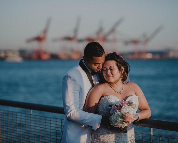 Seattle Aquarium Wedding Photography