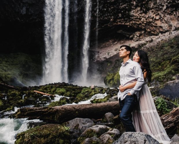 Tamanawas Falls Engagement Photography