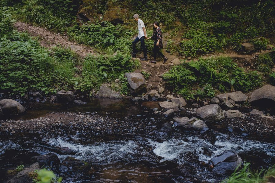 An engagement session at Latourell Falls in the Columbia River Gorge.