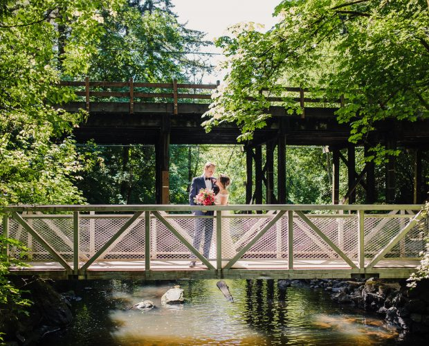 Leach Botanical Garden Wedding Photographer