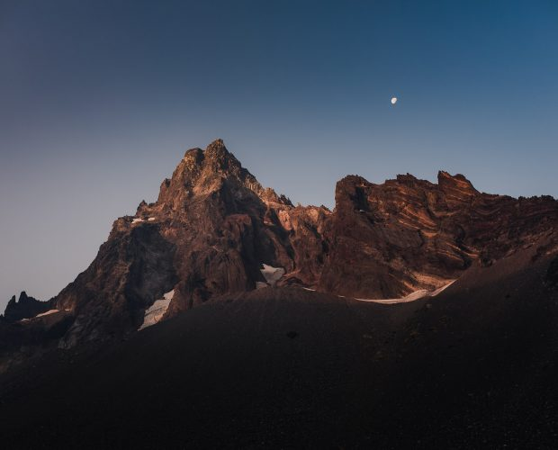 Mt Thielsen Adventure Photography
