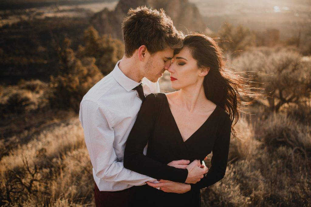 Smith Rock Engagement Photography
