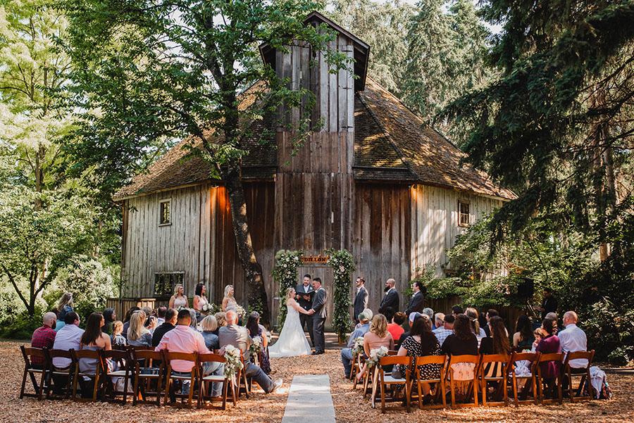 Full-Scale Weddings
